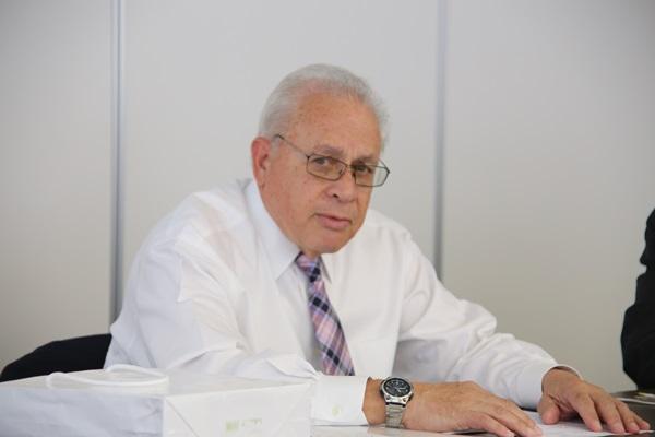 「トランプ大統領と米国政治」 ロナルド・モース元麗澤大学教授